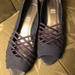 East5th grace medium wedge shoes sz 10~Navy Blue